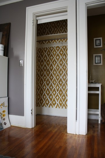DIY Ikat Closet from Merrypad