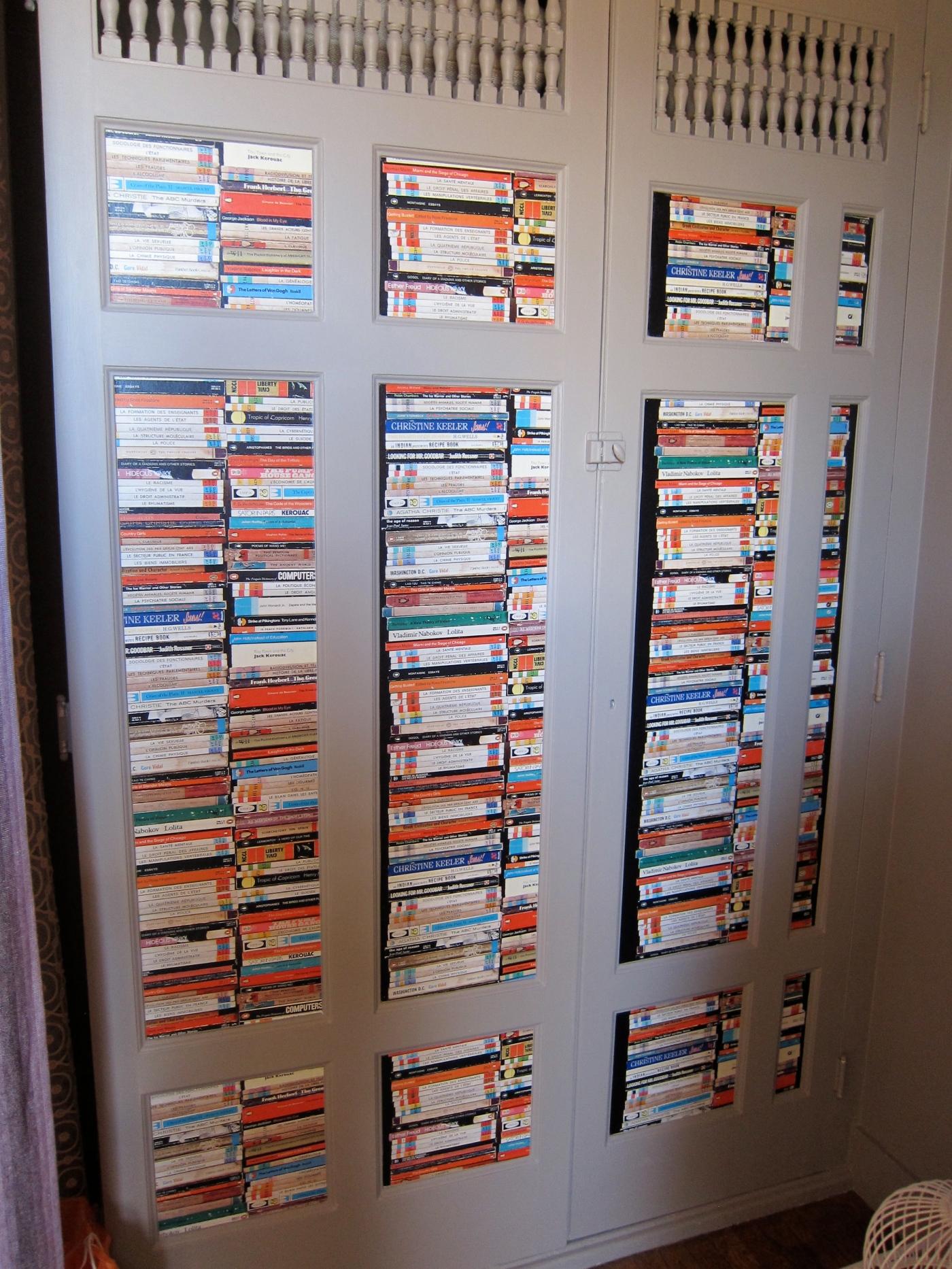Trompe L'Oeil Bookshelf Wallpaper