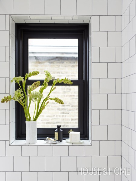 Black and White Window Sill - via House & Home