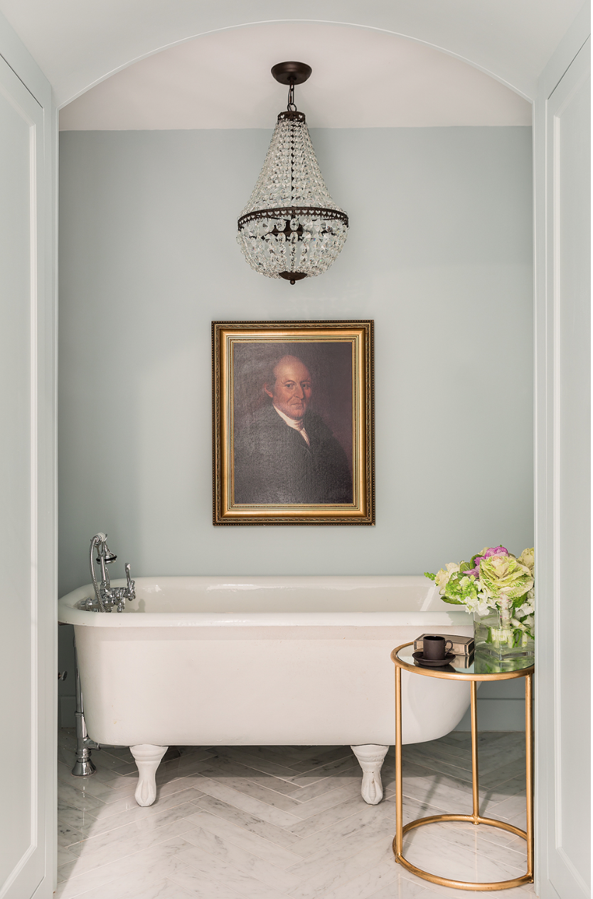 Stephanie Sabbe | The Allure of Antique Portraits | Interiors for Families
