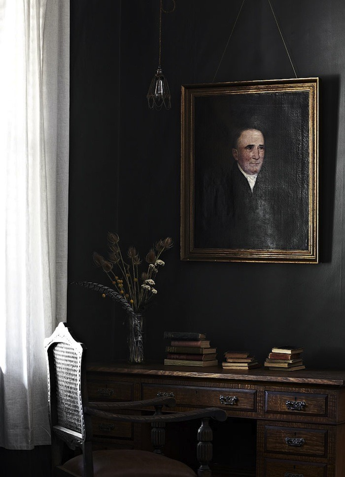 Tracie Ellis | The Allure of Antique Portraits | Interiors for Families